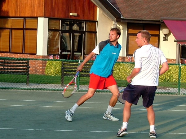 Searle and Higgins playing dubs